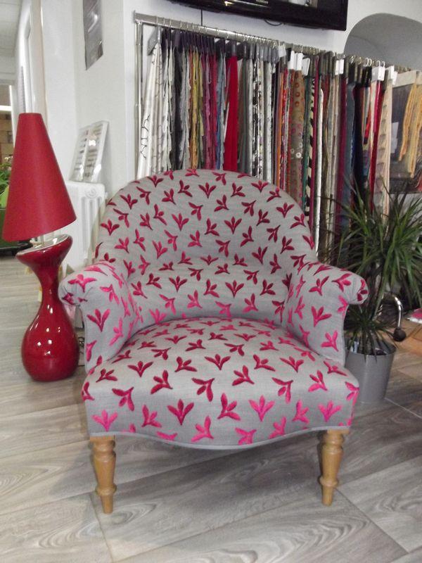 Denis launay boutique et atelier tapisserie decoration decorateur pontivy - Tissu pour fauteuil crapaud ...
